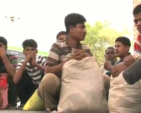 16 Pakistan prisoners released