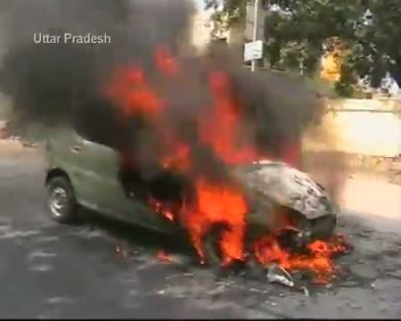 Bandh Leaders burn their own vehicles