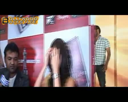 Chinta Ta Ta Chita Chita with Kareena Kapoor & Akshay Kumar