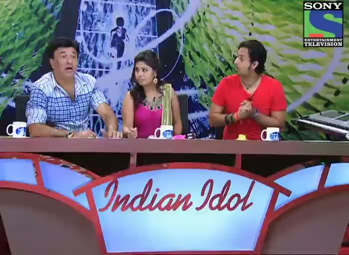 INDIAN IDOL SEASON 6 - FUNNY SHAYARI FROM PRADIP GUPTA FOR ANU MALIK IN AUDITION