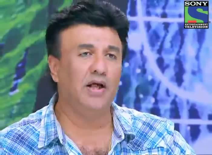 INDIAN IDOL SEASON 6 - BLIND DIVAKAR SHARMA GOT AN HUG FROM ANU MALIK  AUDITION video - id 371e9c9d7c - Veblr Mobile