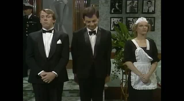 Mr. Bean - Meeting the Queen: Tooth Trouble - Queen's Jubilee 2012
