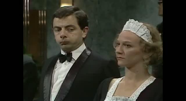 Mr. Bean - Meeting the Queen: Shoe Shine & Bad Breath - Queen's Jubilee 2012