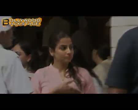 Aamir Khan & Vidya Balan @ RajKumar Hirani's father's prayer Meet video