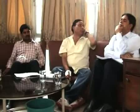 Noida administration launches Yamuna cleaning drive