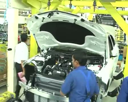 Car exports rise 34% in May