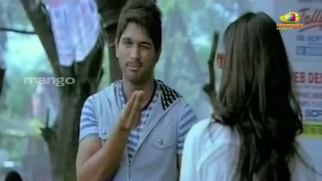 Ileana $exy Dance In Julayi Movie - Ileana ,Allu Arjun - Telugu