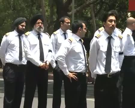 HC directs AI, Centre to respond to Pilots' plea