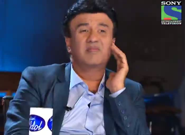 INDIAN IDOL SEASON 6 - EPISODE 8 - JUDGES COMMENTS - CHARIT AND JUHI GOT COMMENTS FROM ASHA TAI - 23RD JUNE 2012