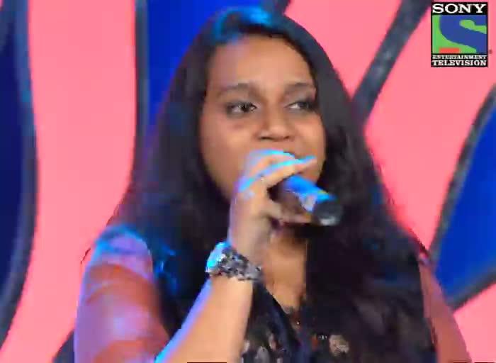 INDIAN IDOL SEASON 6 - EPISODE 8 - BEST PERFORMANCES - ASEES KAUR & PRAGYA PATRA SINGING 'YEH MERA DIL' IN THEATER ROUND - 23RD JUNE 2012