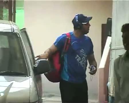 Yuvraj back in training, eyes on world cup T20