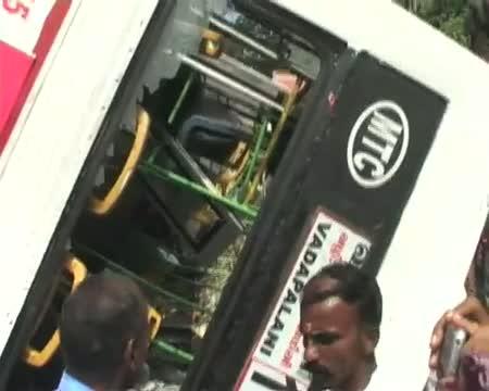 30 injured as bus falls off flyover in Chennai