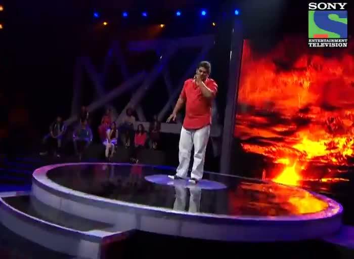 INDIAN IDOL SEASON 6 - EPISODE 9 - BEST PERFORMANCES - KAUSHIK DESHPANDE SINGING 'ABHI MUJH MEIN KAHI' - 29TH JUNE 2012