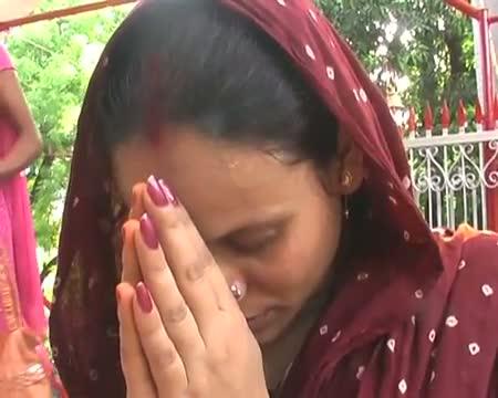 India worships teachers on Guru Purnima