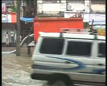 Monsoon woes Mumbai water logged once again