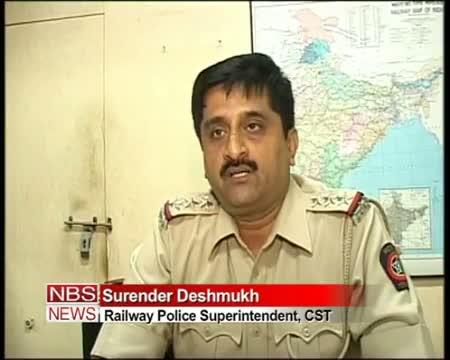 Child kidnapper caught on CCTV at Mumbai CST