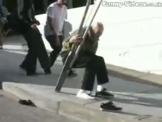 """Funny Skateboarding Accident """"OUCH"""""""