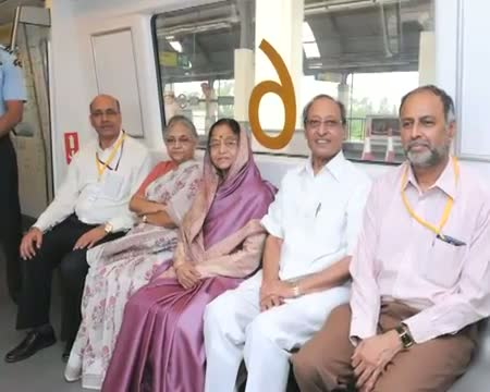 President Prathibha Patil takes joy ride in Delhi metro