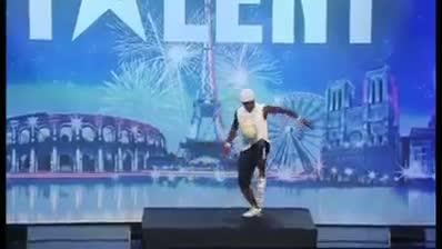 NIce and amazing DANCE ON WAKA WAKA
