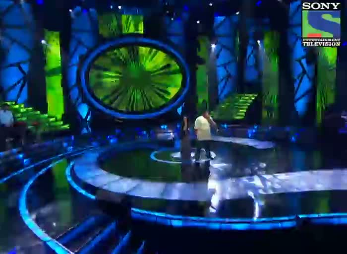 INDIAN IDOL SEASON 6 - EPISODE 14 - BEST PERFORMANCES - VIPUL MEHTA AND POORVI KOUTISH SINGING 'KOI MIL GAYA'  - 14TH JULY 2012