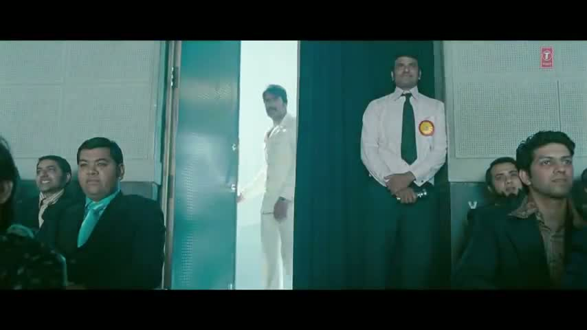 Tum Jo Aaye (Full Song) - Once Upon A Time In Mumbaai - Ajay Devgn, Emraan Hashmi, Kangana & Prachi Desai