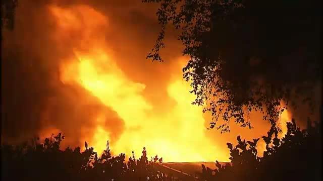 Massive fire destroys Glendowie School