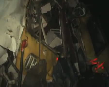One killed in Mumbai train accident, probe ordered