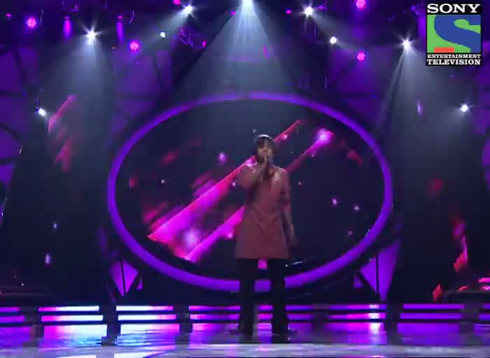 INDIAN IDOL SEASON 6 - EPISODE 15 - BEST PERFORMANCES - AMIT KUMAR SINGING 'TUMHE JO MAINE DEKHA' - 20TH JULY 2012