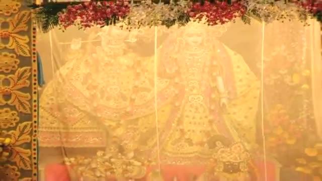 Janmashtami Special Muslim artist make Lord Krishna's mukut