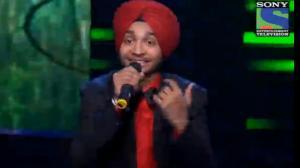 INDIAN IDOL SEASON 6 - EPISODE 22 - BEST PERFORMANCES - DEVENDRA SINGH SINGS 'PUKARTA CHALA HOO MAIN' - 11TH AUGUST 2012