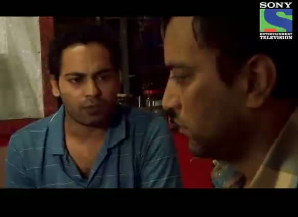 Crime Patrol Dastak - Episode 142 - 12th August 2012 - Cops Try To Find Suresh's Son Varun In A Guest House