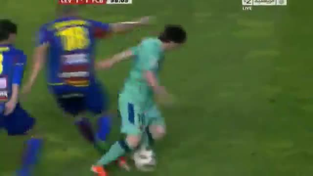 Unbelievable Dribbling by Messi Vs Levante