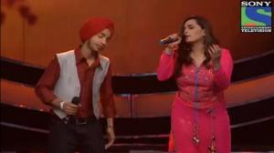 INDIAN IDOL SEASON 6 - EPISODE 26 - BEST PERFORMANCES - DEVENDRA SINGH AND SHRADDHA PANDIT SINGS 'DIL KA QARAR' - 25TH AUGUST 2012