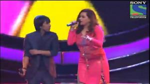 INDIAN IDOL SEASON 6 - EPISODE 26 - BEST PERFORMANCES - AMIT KUMAR AND SHRADDHA PANDIT SINGING 'JIGAR DA TUKDA' - 25TH AUGUST 2012
