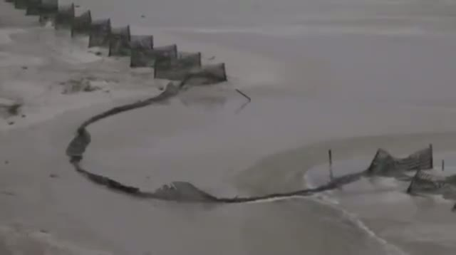 Raw Video - Ala. Beach Close to Isaac Landfall