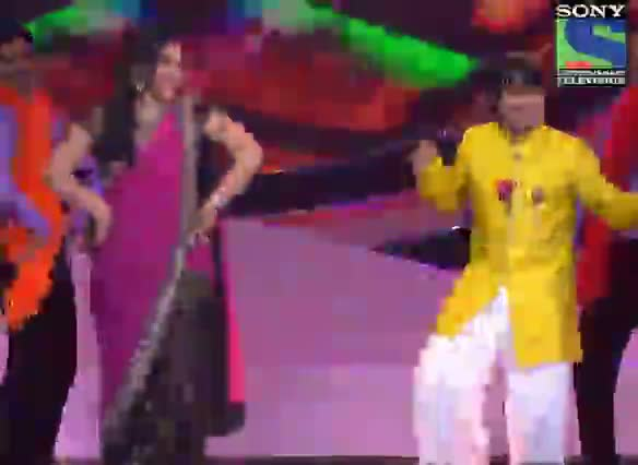 INDIAN IDOL SEASON 6 - GRAND FINALE - EPISODE 28 - BEST PERFORMANCES - SUNIDHI AND AMIT KUMAR PERFORMING 'MAA DA LADLA' - 2ND AUGUST 2012
