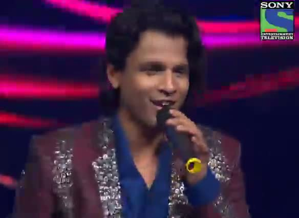 INDIAN IDOL SEASON 6 - GRAND FINALE - EPISODE 28 - SPECIAL MOMENTS - ABHIJEET AND RANBIR KAPOOR ON STAGE - 2ND AUGUST 2012