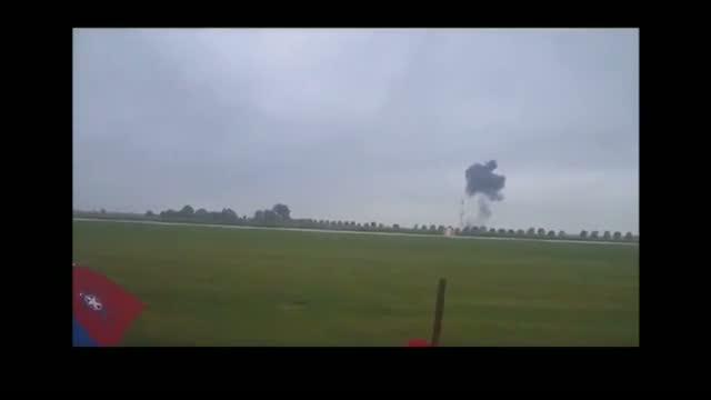 Iowa Air Show Crash Video Shows Texas Pilot Crashing Into Ground