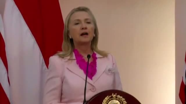 Clinton: Peshawar Bombing Is a 'Cowardly' Act