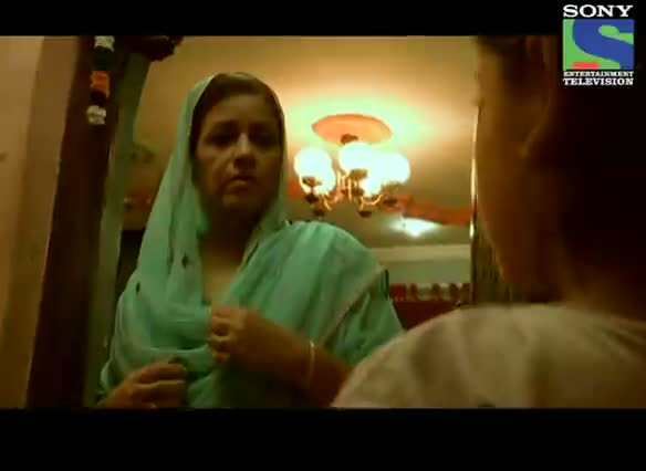 Crime Patrol Dastak - Episode 151 - 7th September 2012 - Nasir And Mumtaz Meet Her Long-lost Daughter Shaloo