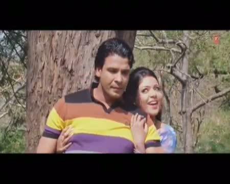 Railgadiya Chalav (Full Bhojpuri Hot Video Song) From Ladaai La Ankhiyan Ae Lounde Raja