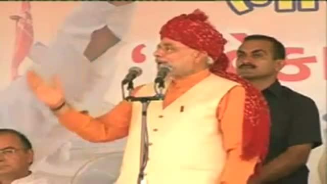 Modi launches poll campaign, attacks Congress