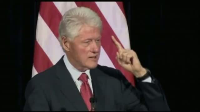Fmr. Pres. Clinton Stumps for Obama in Fla.