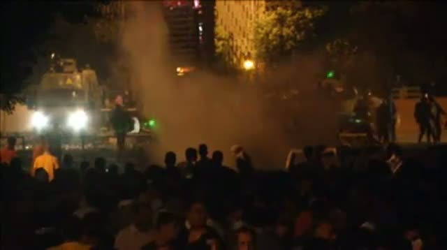 Raw Video - Unrest Continues in Cairo