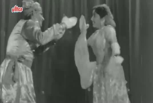 Jahan Main Jaati Hoon - Chori Chori (1965) - Lata & Manna Dey