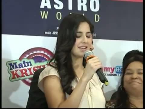 Anushka Sharma On Her Beautiful Co-Star Katrina Kaif Video