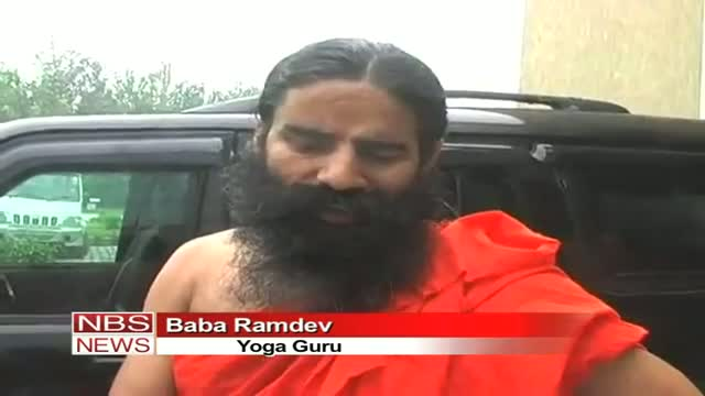 Baba Ramdev keeps mum over coalition with Anna