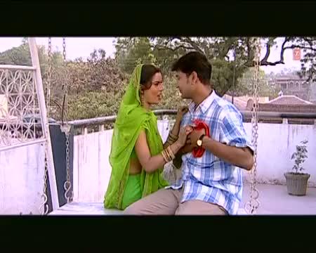 Piyava Jaat Bada Police ke - Full Bhojpuri Video Song - From Movie Gaadi No.11