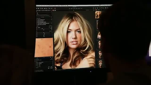 Kate Upton - Body Paint - Swimsuit Issue