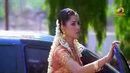 Chirunavvutho Scenes - Shaheen Eloping From Her Wedding - Venu, Shaheen - Telugu Cinema Movies